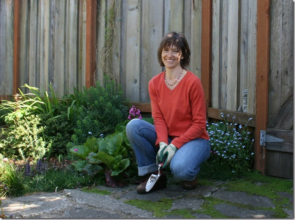 Post image for How to Weed Without Strain: Effortless Gardening with Feldenkrais Practitioner Cathy Butler (Video)