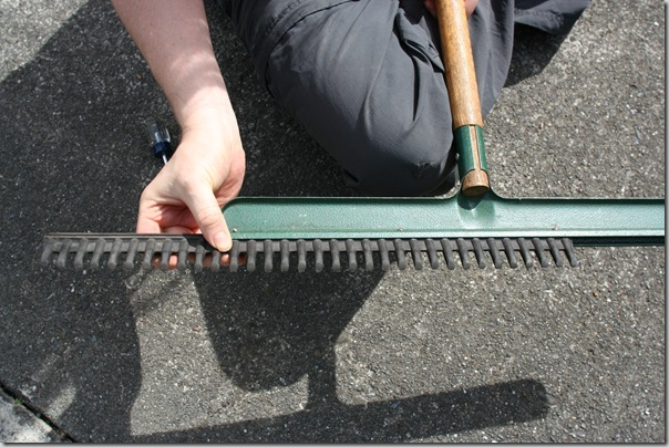 rubber rake change tines (4)