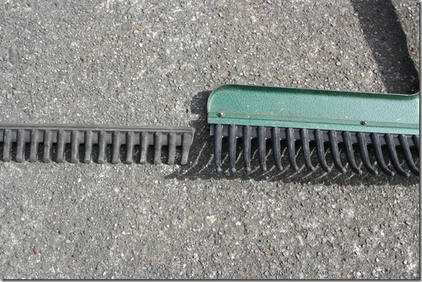 rubber rake change tines (8)